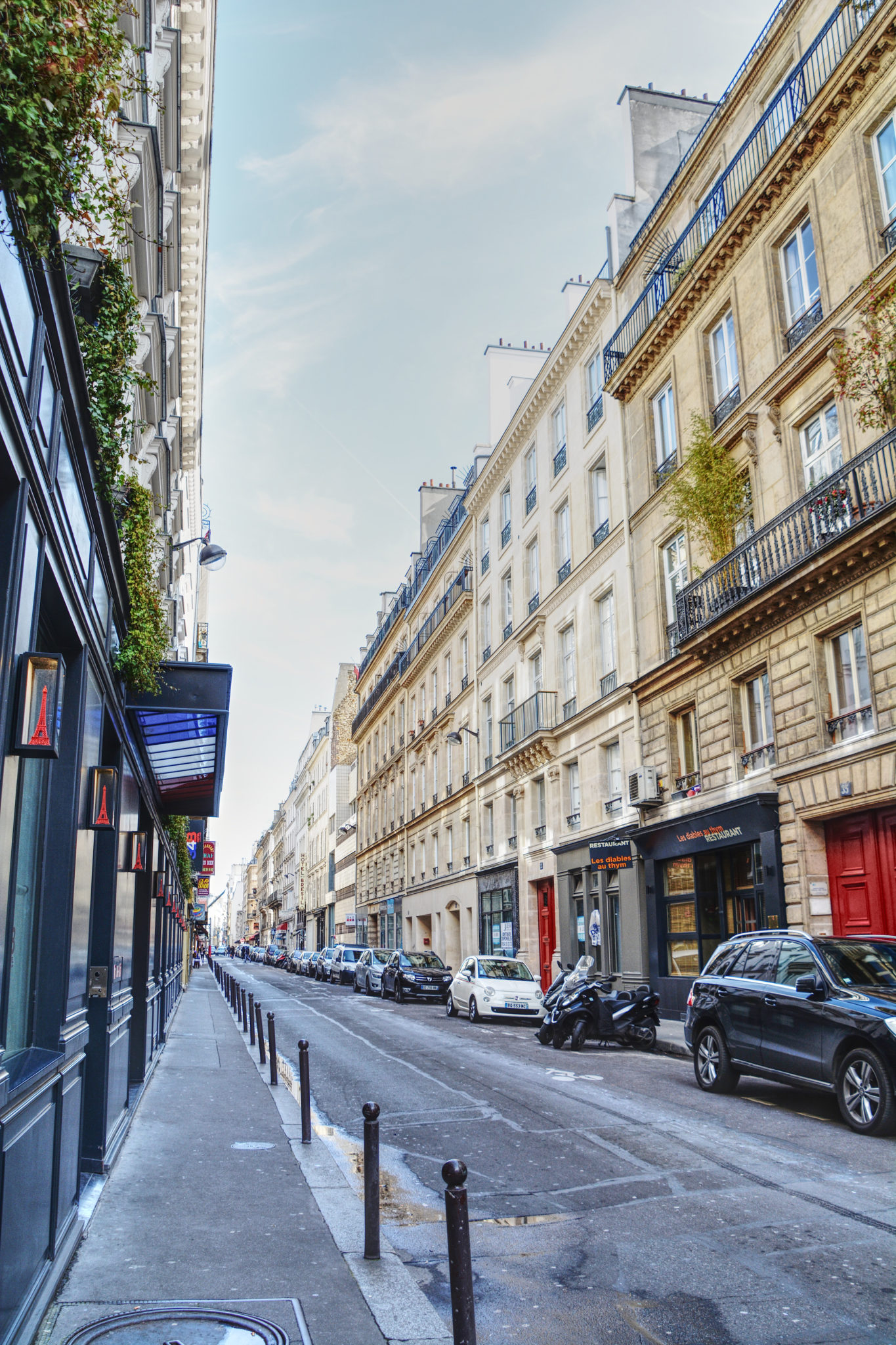 paris for the first time 8 things i loved most in a nutshell or two. Black Bedroom Furniture Sets. Home Design Ideas